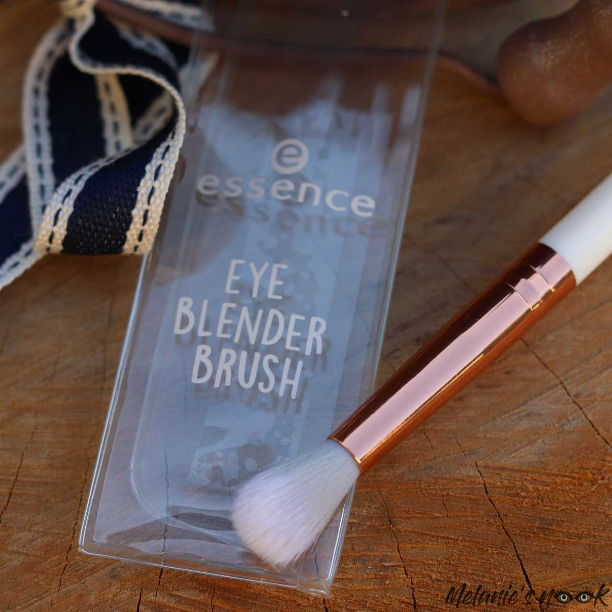 Essence Eye Makeup Brushes - Blender